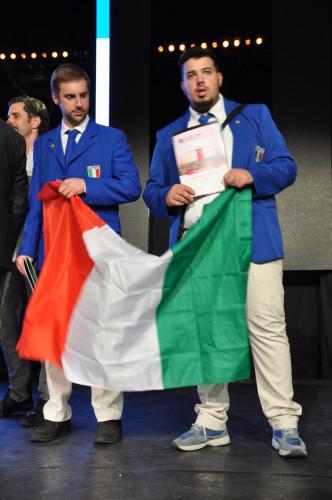 Campionati Europei di Acconciatura - Parigi 2016: SILVANO MARSIGLIESE (A.N.A.M.) e GIANLUCA CIARALLI (A.N.A.M.) - 5° Classificati prova a squadre EVENING STYLE!